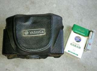 Cover kamera yashica lama
