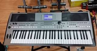 Keyboard PSR S-670 ( Kredit )