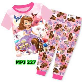 INSTOCK Sofia the first pjs