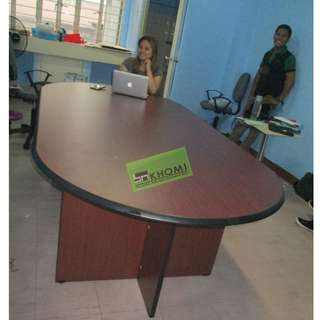 L240C SERIES OVAL conference desk 8-10 SEATER