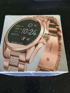 MK Bradshaw Smartwatch