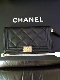 Boy Chanel wallet 牛皮黑金拉鍊(正品)