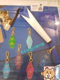🚚 ☆官方/現貨☆ SUPERJUNIOR 官方手燈吊飾