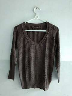 All knitwear sweater