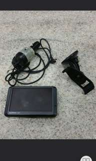 Garmin gps nuvi 255w unit full set with charger suction mount