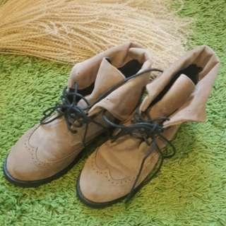 🚚 綁帶短靴