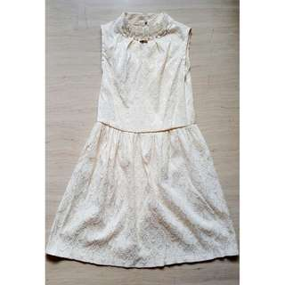Pearly Laced Dress (Pearl White)