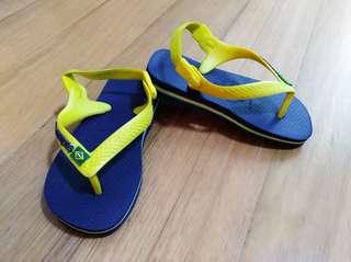 Authentic baby havaianas flip flops size 22
