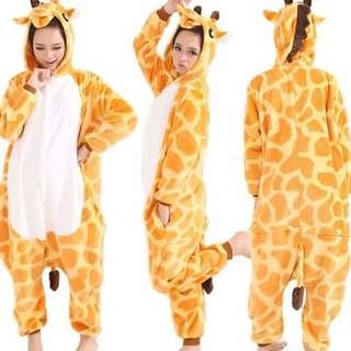 Cosplay Giraffe