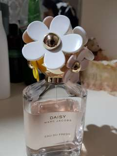 Daisy Eau so fresh parfume mark jacob 125ml , preloved ori parfume beli di paris