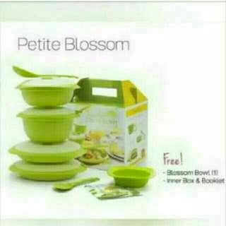 Tupperware petite blossom free bowl