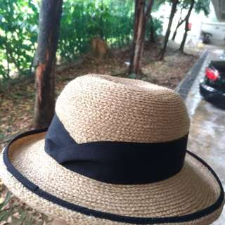 Excellent condition - Tilley Raffia hat with SPF-50