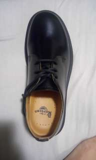 Dr Martins black shoes
