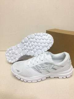 MAY 18 SKECHERS RUBBER SHOES (DHD)