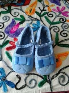 (Slide) sepatu bayi perempuan