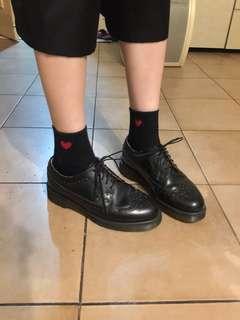 🚚 Dr. Martens 馬汀大夫 雕花皮鞋 古著 雅痞