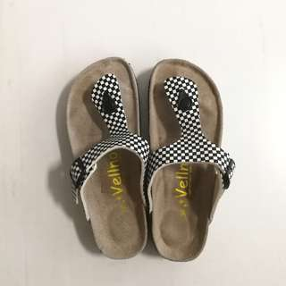 (SALE) NEW Checkered Sandals
