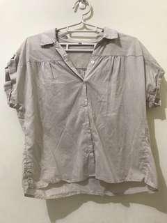 🚚 市集購入短版裸色短袖襯衫