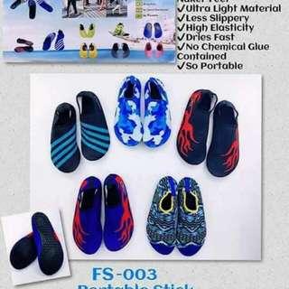 Aqua shoes (men)