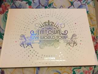 SM Town Live World Tour 2010-2011 Photobook