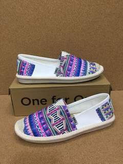 MAY 18 TOMS SLIP ON SHOES (DHD)