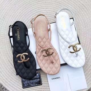 Chanel拖鞋