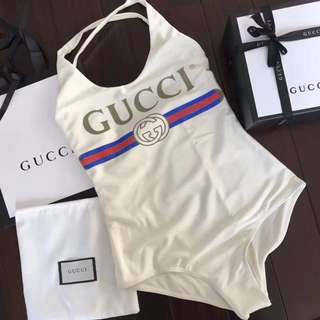 Gucci泳衣