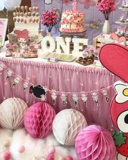 [Rent] Pink tutu table skirt