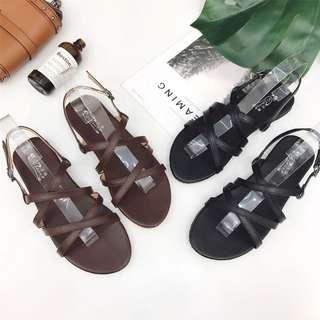 2018 new summer word buckle flat sandals