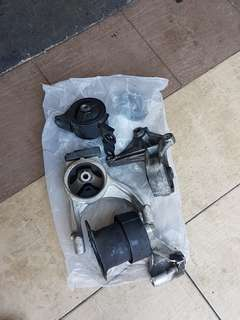 Honda Engine mounting (4 pcs)
