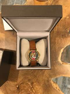 Gucci tiger watch