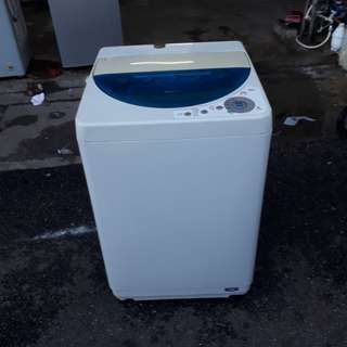 Mesin basuh National 5.2kg fully automatic Very Good Condition With One Month Warranty working Condition 100%  prefer self pic up trasport can manage will be charged  BuyerCan call/Sms Or Whatsup.0142259035//01137661137  Taman panada cahaya jalam 2/3
