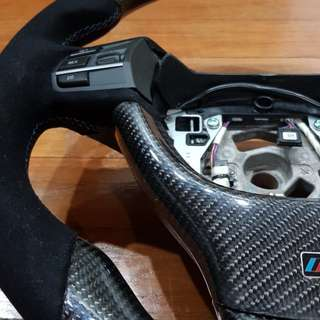 BRAND NEW BMW F10 CARBON STEERING WHEEL