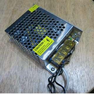 80%New(交收/順豐)LED DC Adapter燈帶火牛 變壓器