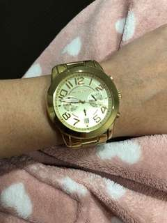 PRELOVED Authentic MK watch gold