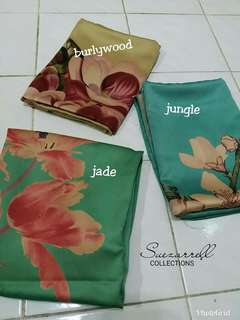 FLOWER SHAWLL SATIN MATTE
