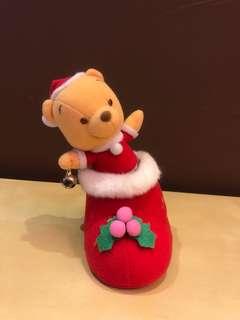 Pooh公仔擰頭