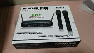 Kevler VHF wireless microphone