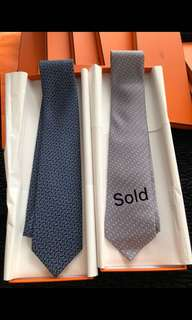 Hermes Tie Full box set with ribbons 🎀 please inbox💌for more details ❤️thanks😘