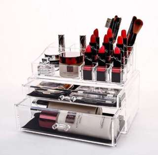[LAST 1] Minimalist Acrylic Cosmetic Organizer