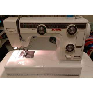 Janome 380 sewing machine, EXCELLENT condition, with lots of extras thrown in!