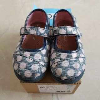 Sepatu Toms size 23.5