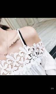 超仙~白色露肩上衣