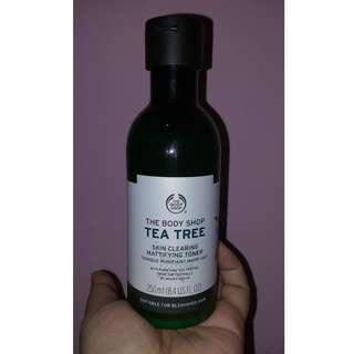 The Body Shop Tea Tree - Skin Clearing Mattifying Toner
