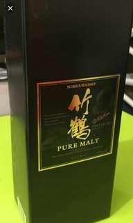 日本竹鶴NAS威士忌700mI禮盒酒盒一個