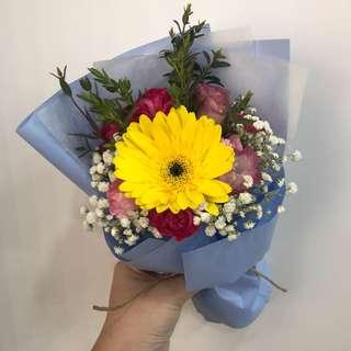 Fresh single stalk Gerbera bouquet