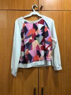 Geometric long sleeves