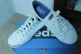 Sepatu Keds Kickstart Seasonal Solid