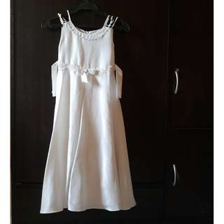 White Dress kids 6,7,8,9,10 preloved clothes all in take all