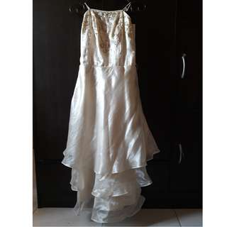 White silk dress 7,8,9,10,11,12 all in preloved take all sale